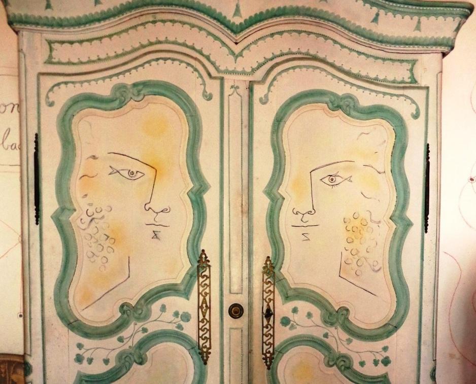 armoir at Santo Sospir by Cocteau