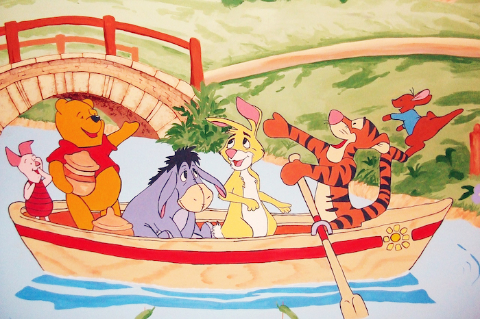 01 Winnie and gang in boat 02