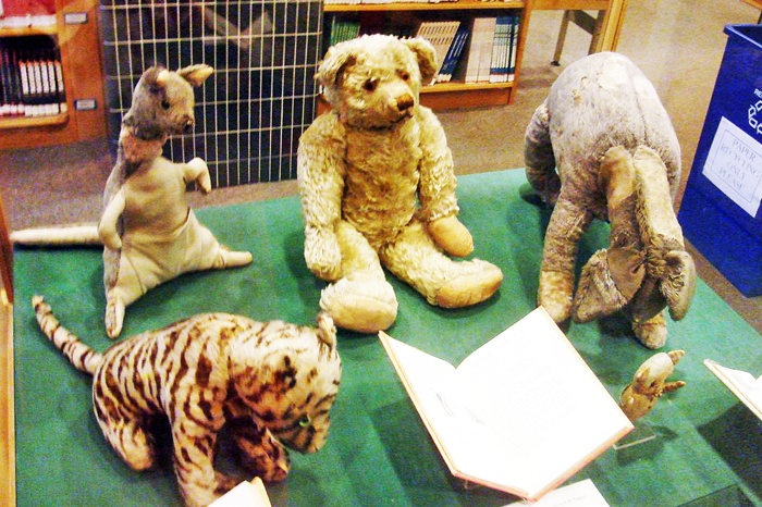 05 Winnie the Pooh and friends in library
